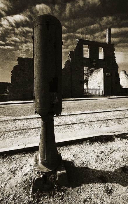 Colin Trow-Poole Oradour